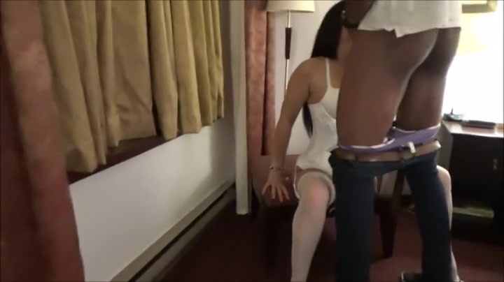 Wife Gets Creampie Stranger